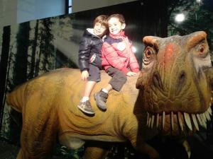 in groppa al dinosauro!