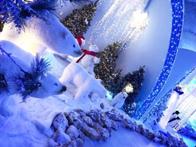 Addobbi Natalizi Gloria Giugliano.Gloria Villaggio Natalizio E Primi Riscontri Sul Santa Claus Edenlandia Village Napoli Per Bambini
